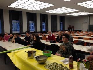 Projekttag: Kochen und Verzehren römischer Speisen
