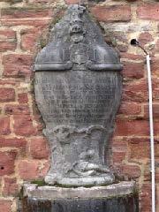 Grabinschrift für einen 1759 in der Schlacht bei Bergen, vor den Toren Frankfurts, gefallenen Elsässer