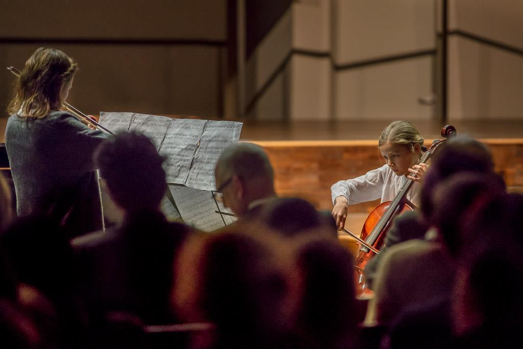 Antonio Vivaldi - Duo für Violine und Violoncello (Luise Burk, V, Violine und Clara Häfele, V, Violoncello) 1