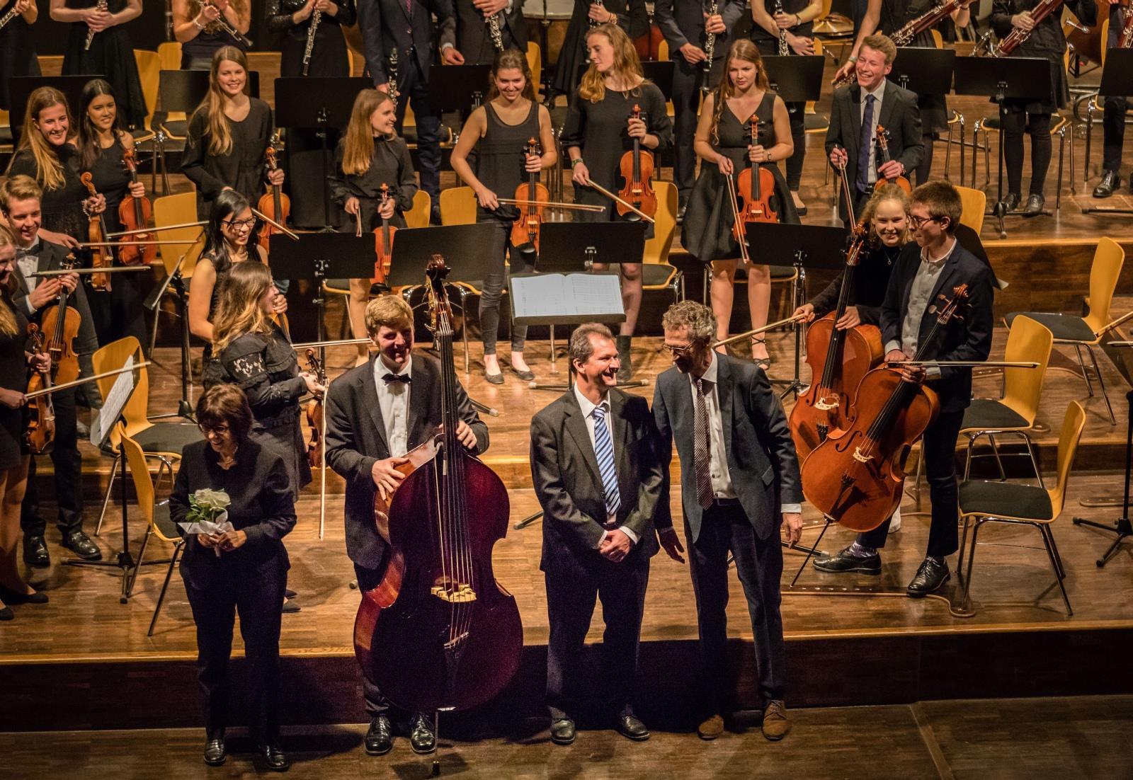 Die musikalische Leitung des Abends (Frau Mittenhuber, Herr Stücher , Herr Stützle und Herr Pfannmüller)