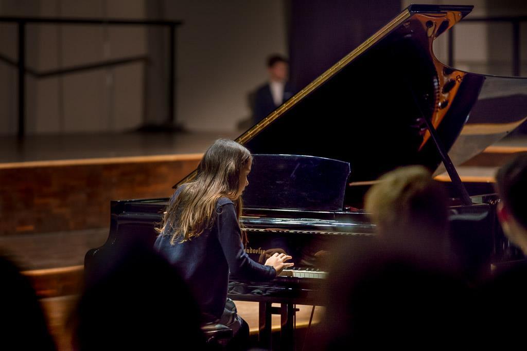Frédéric Chopin – Polonaise (Mia Joelle Foth, VI, Klavier)