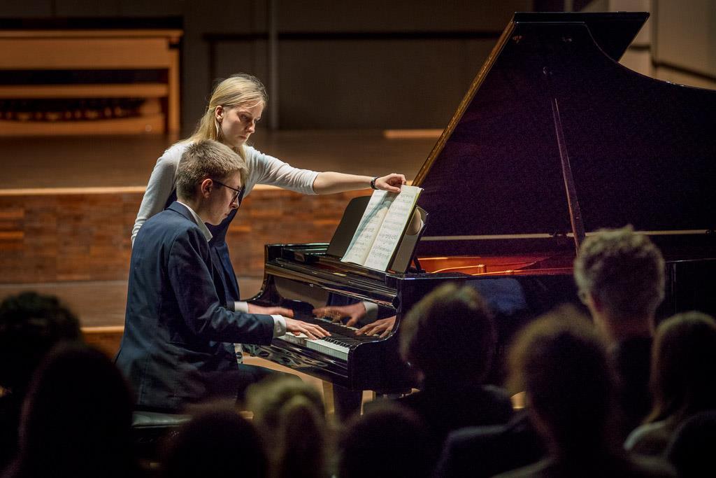 Frédéric Chopin - Ballade Nr. 2 (Konstantin Jockers, OI, Klavier)
