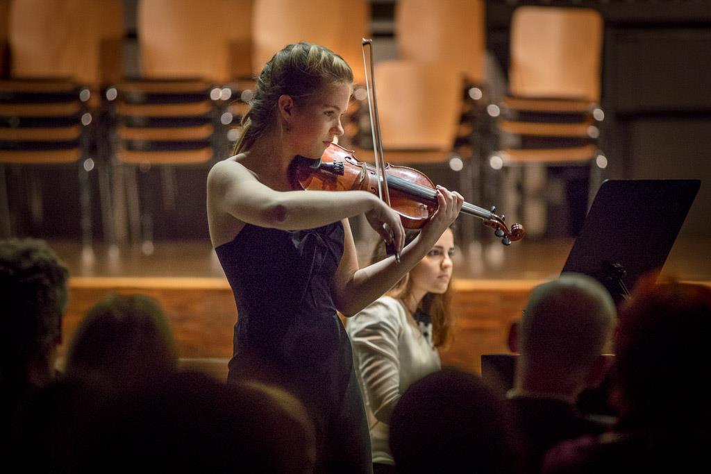 Fritz Kreisler – Liebesleid (Fenja Böer, UI, Violine und Marina Abrahamyan, UI, Klavier)