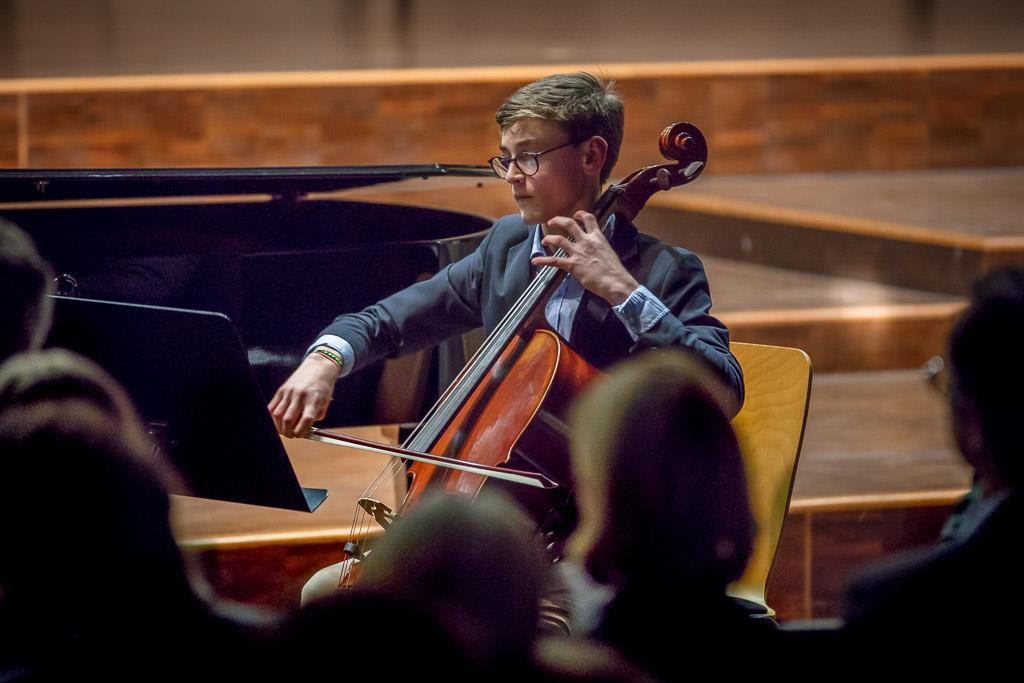 Georg Goltermann - Konzert in G-Dur (Konrad Floto, OIII, Violoncello und Jonas Fischer, Klavier)