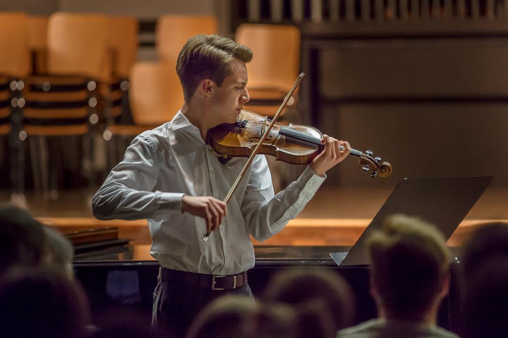 Johann Sebastian Bach - Violinkonzert a-Moll (Elias Spangenberg, UI, Violine und Dietrich von Knebel, Klavier)
