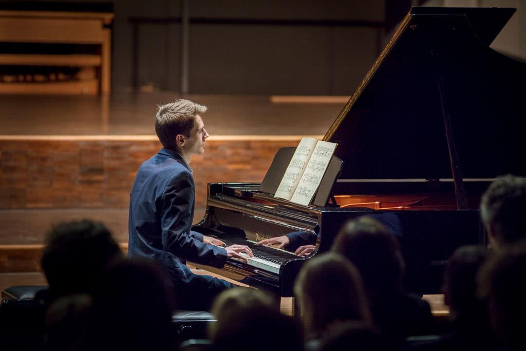 Robert Schumann – Kreisleriana (Sebastian Ickstadt, UI, Klavier)