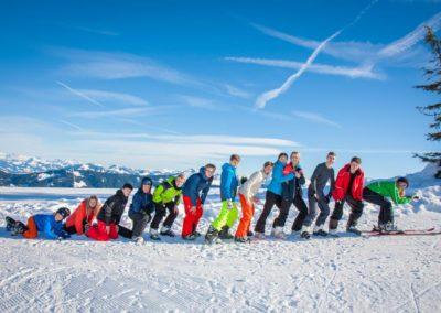 Skigruppe um Margarete Schücking