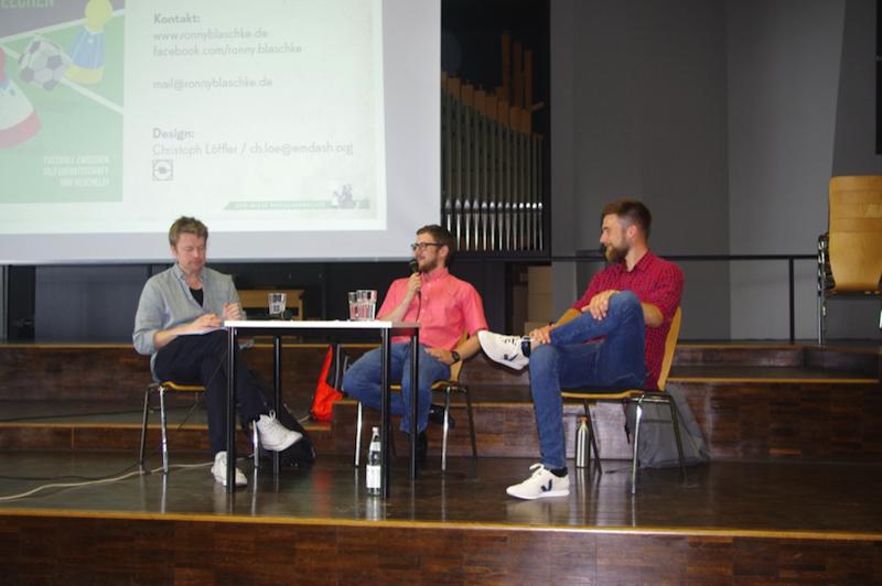 Ronny Blaschke, Simon Schüler (Friedrich-Ebert-Stiftung) und Jonas Ermes