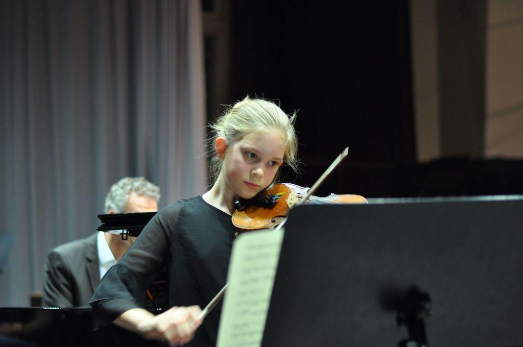 Nele S., Violine - Joseph-Hector Fiocco Allegro G-Dur