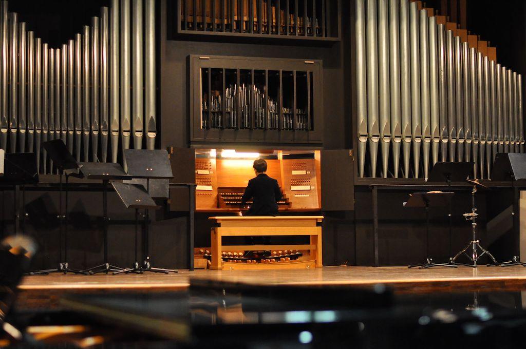 Emilio N., Orgel - Johann Sebastian Bach Air und Georg Friedrich Händel Fantasia C-Dur