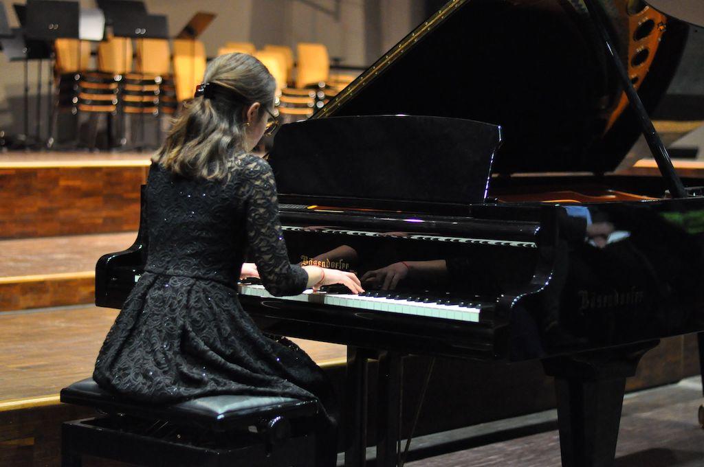 Evelin S., Klavier - Frédéric Chopin Nocturne cis-Moll