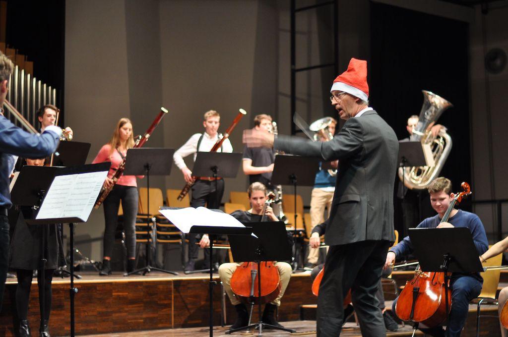 Das Große Orchester unter Leitung von Johannes Pfannmüller