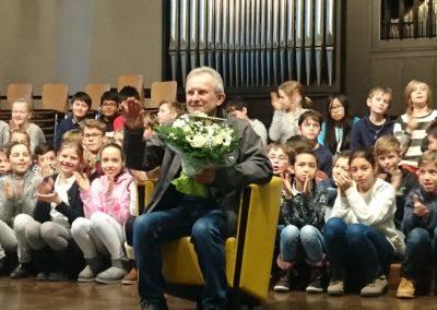 Herr Kaschner als Ehrengast in einer voll besetzten Aula des Lessing-Gymnasiums