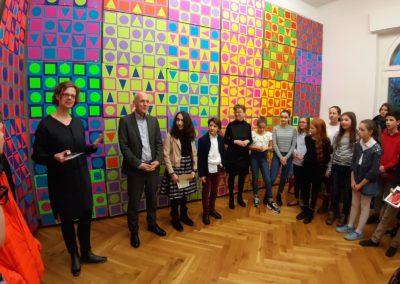 Schule trifft Galerie trifft Schule - Herr Mieles in der Ausstellung