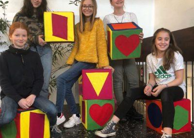 Schule trifft Galerie trifft Schule - Künstlerinnen