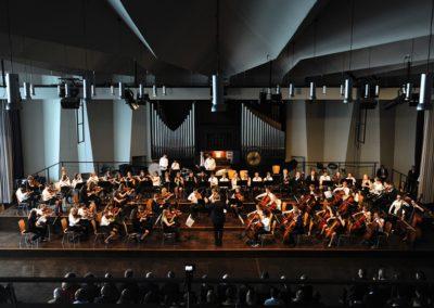 Das Mittlere Orchester spielt die Jenaer Symphonie von Beethoven