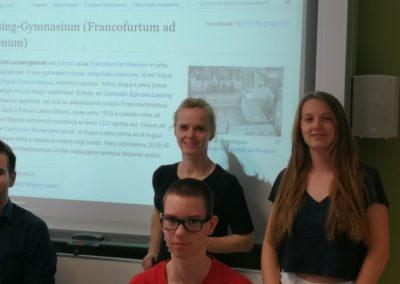 Die Projektgruppe Lateinische Wikipediaseite mit Frau Dr. Bottler-Staffler und Herrn Fischer