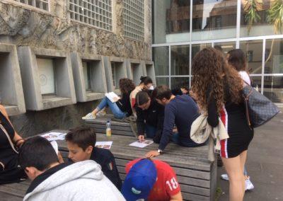 Schüler der Quinta bei der 4. Heraklesaufgabe auf dem Südhof