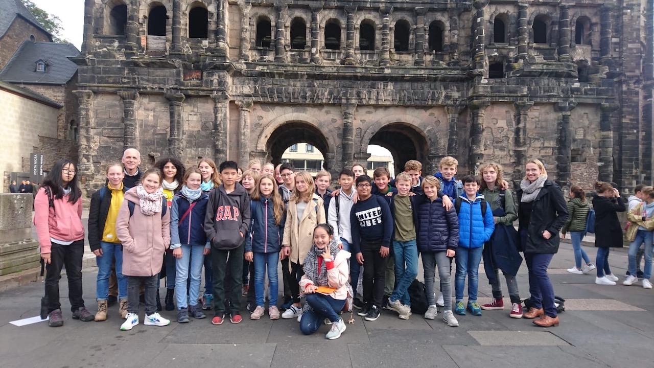 Die Klasse 7b mit Frau Dr. Ritter und Herrn Mieles in Trier