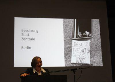 Besetzung der Stasi-Zentrale im Dezember 1989
